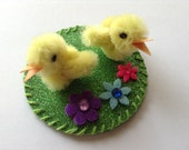 Easter Chicks, Easter Decorations, Tiny Easter Chicks, Pipe Cleaner Chicks