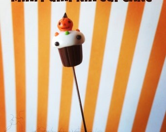 Mini Pumpkin Halloween Cupcake Pin Topper