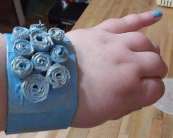 blue paper cuff bracelet