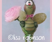 hand painted sculpted dragonfly gourd DOODA prim chick lisa robinson HAFAIR OFG