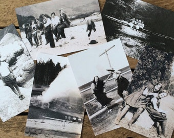 ADVENTURESOME WOMEN postcard set
