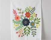 Linen Tea Towel - Flower Bouquet print -  Perfect for Thanksgiving and the Holidays - 18 x 24 inch