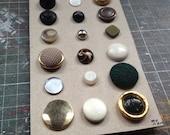 Shank Buttons on a card Destash