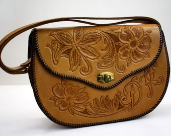"""Gorgeous Vintage Hand Tooled Leather Shoulder Purse with """"DK"""" Initials"""