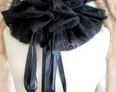 Black Lace Collar with Tulle - Burlesque Costume - Elizabethan Fashion Ruff
