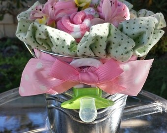 Country Chic Bouncing Baby Sock Rose Bouquet In Pink And