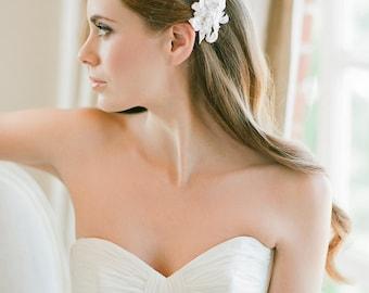 MARIANA Ivory beaded bridal hair comb with lace