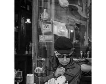 Florence Patron Fine Art Photography Black and White street photography Italian Restaurant meal dining Italian style out to eat sunglasses