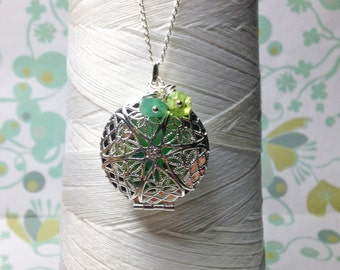 Worry Locket - green round locket / peridot necklace / silver locket / green jade necklace / photo locket / floating locket/ peridot locket
