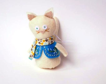 """Felt Cat Christmas Ornament or Door Hanger in Cream, Brown, Blue and Yellow, 5"""" Kitty Cat Decoration, Stocking Stuffer"""