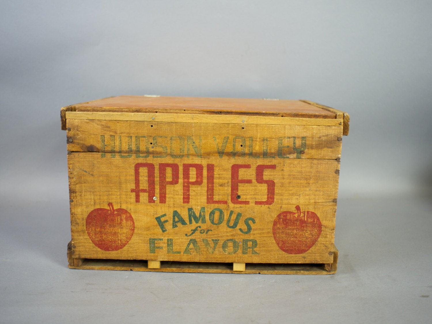 Vintage apple crate wood apple crate by sevenbc on etsy for Vintage apple boxes