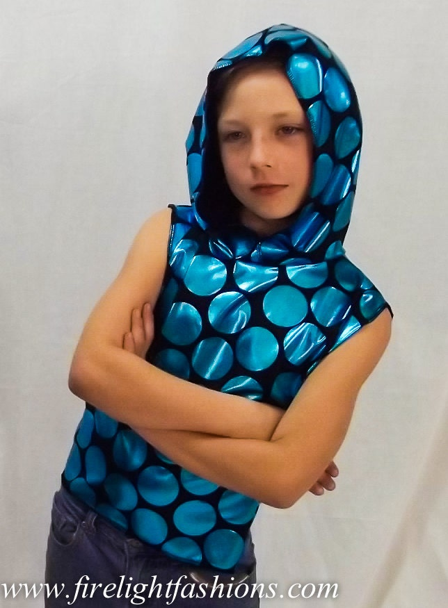 Sleeveless hoodie for boys