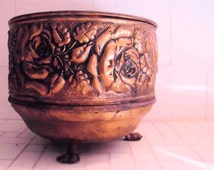 Vintage Small Round Brass Planter Pot Embossed Rose Design Claw Feet England Floral Flowers