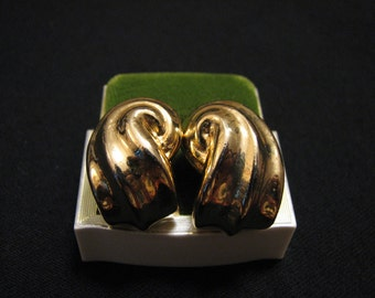 Vintage Heavy Gold Tone Swirled Wave Clip Earrings
