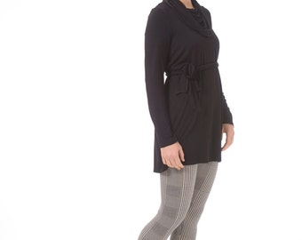 Long tunic for women, Black tunic with long sleeves, Women's tunic top for maternity and plus size as well