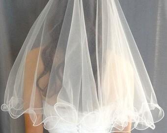 Curly Edge Veil, Wedding Veil, 2-Tier Circular Bridal Veil
