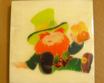 St Patricks Day Decor, Handmade Leprechaun Painting, Luck Of The Irish Wall Hanging, Holiday Decor, Wax Painting, Green Wood Wall Art 8x8
