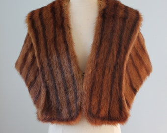 1940s red brown furl shawl