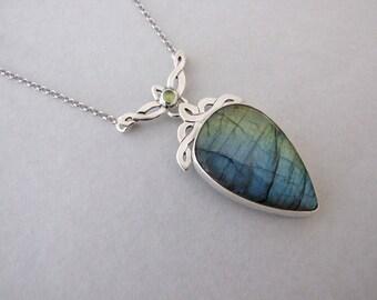 Silver Labradorite Necklace - celtic necklace , labradorite necklace , elvish necklace , statement necklace , celtic jewelry, elvish jewelry