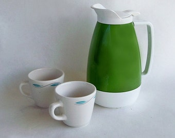 Mid Century Mod Green West Bend Thermo-Serv Insulated Beverage Pitcher
