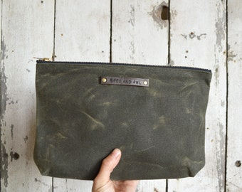 Large Waxed Canvas Pouch in Moss by Peg and Awl, make up bag, waxed canvas clutch, cosmetic storage, make-up bag, waxed canvas bag, Cord Bag