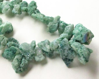 Green Druzy Nugget Beads - Fern Green Sparkly Crystal Quartz - Chunky Nugget Stone Beads - Top Drilled Graduated Chips - DIY Jewelry Making
