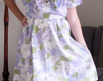 Vintage style tea day dress fifties 1950's 50s blue, lilac green floral Flower