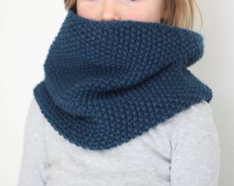 Kid's Knit Cowl - Infinity Scarf for Woman or Child - Cowl - Knit Scarf - Navy Blue Cowl - Chunky Infinity Scarf