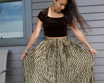 Vintage 90s Woodland Gold and Brown Wavy Maxi Hippie Boho Skirt