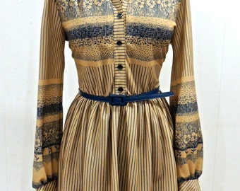 vintage belted dress - 1950s taupe/blue button-front full skirt day dress