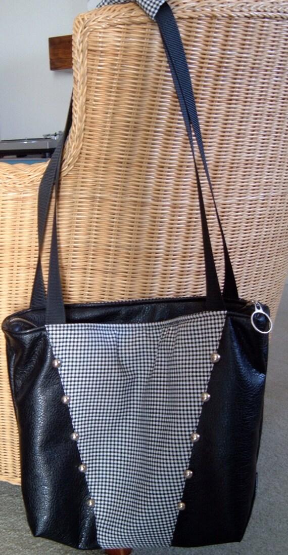 baby bebop retro look diaper bag cross over by lorindajames. Black Bedroom Furniture Sets. Home Design Ideas