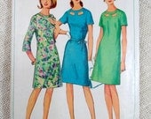 Simplicity 6839 vintage sewing pattern short long sleeve Keyhole Skirt Bust 32 1960s shift belted french darts A line 1966