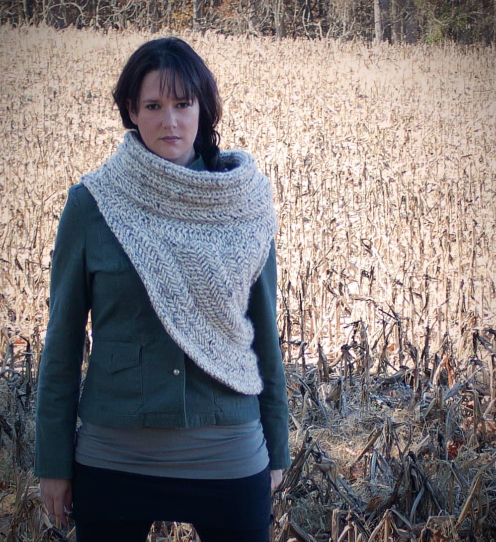 Knitting Pattern Cowl Size 13 : The Hunter Cowl A Knitting Pattern