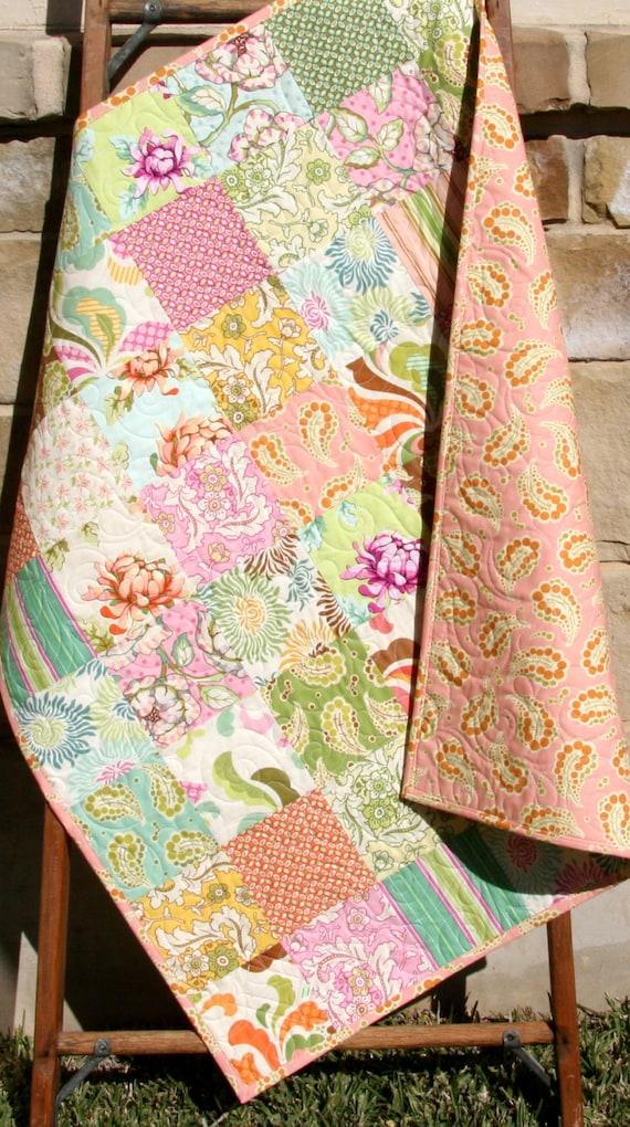 Shabby Chic Baby Quilt Fresh Cut Flowers By Sunnysidedesigns2