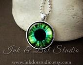 Green Eyeball Necklace, Eye Pendant, Green Eye Necklace, Eyeball Pendant, Halloween Necklace