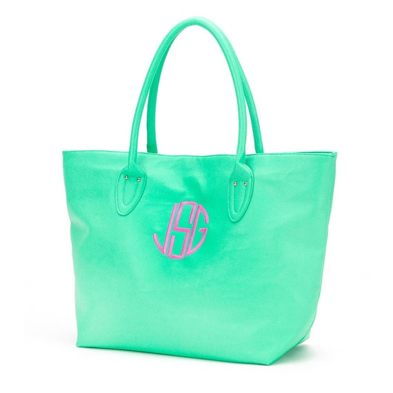 Faux Leather Purse in Mint Green