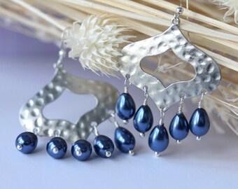 Silver Hammered Earrings, Chandelier Earrings, Dangle Earrings, Drop Earrings, Bridal Jewelry, Boho, Wedding, Modern, Pearl Earrings, Resort