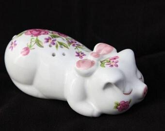 Avon Pomander Ceramic Piglet Hand Decorated Made in Brazil 1978