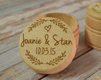 Wreath With Couple's Names and Wedding Date Wooden Trinket Box -  Wedding Ring Keepsake, Jewelry Box, Ring Bearer Box