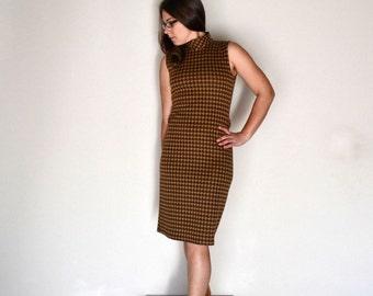 60s Wiggle Dress Vintage Mid Century Brown Tan Houndstooth Sleeveless Dress Sharagano Small S / Medium M