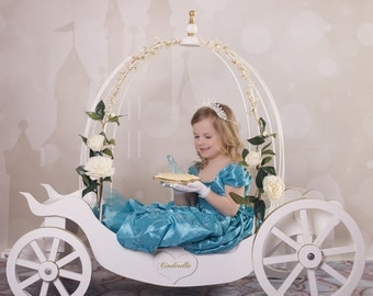 SNOW WHITE CARRIAGE  [cannot be ordered online due to custom freight shipping]