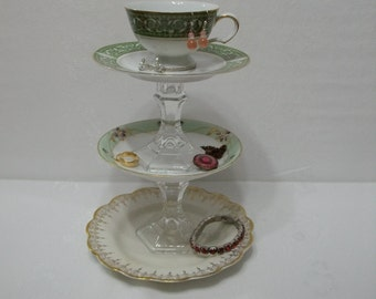 Greenery Cupcake Stand Plate / Recycled China 3 Tier Jewelry Holder / Catch All Dish / Cake Plate Stand / Wedding Plate