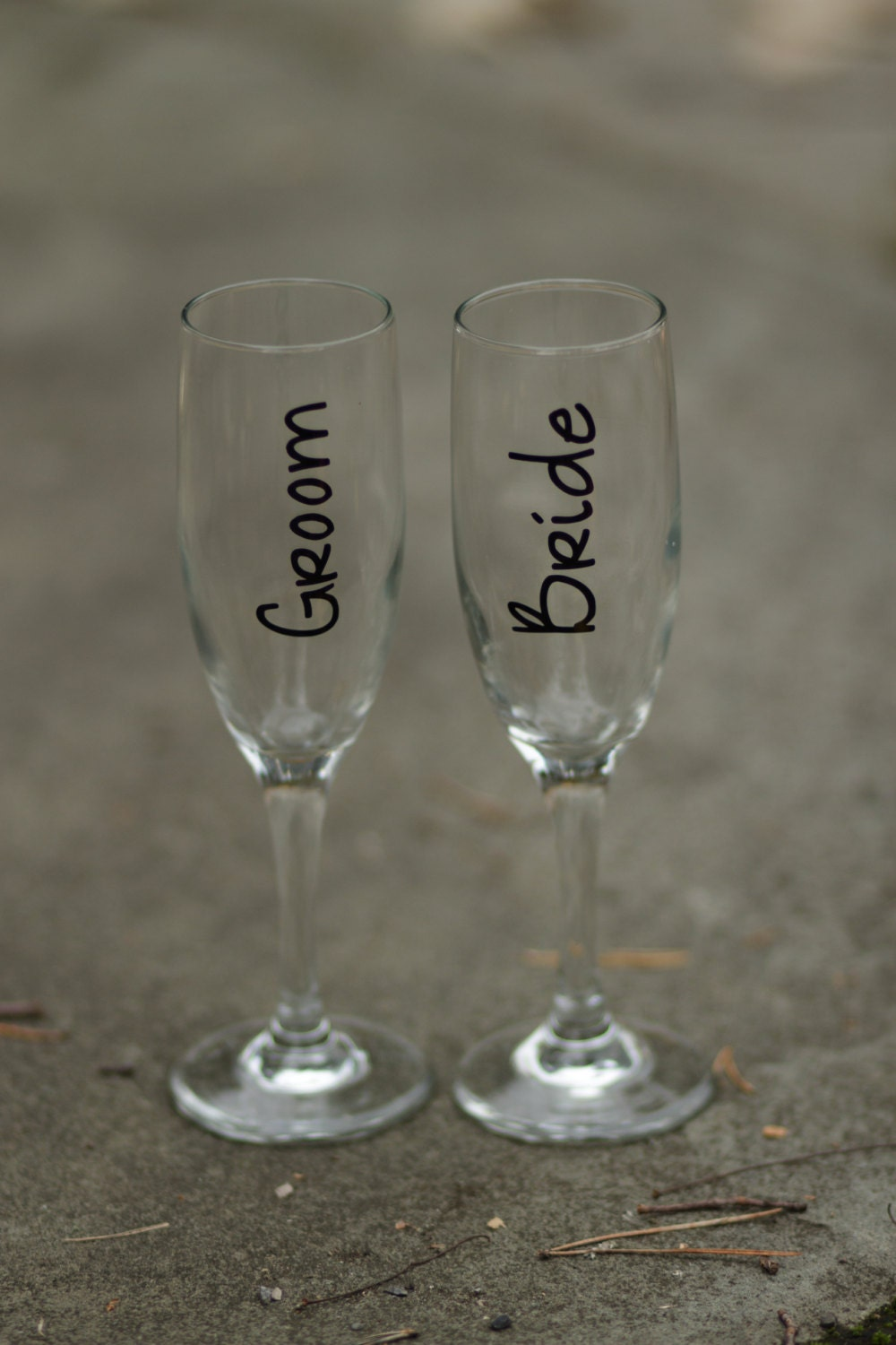 Wedding toasting flutes for bride and groom unique champagne - Unusual champagne flutes ...