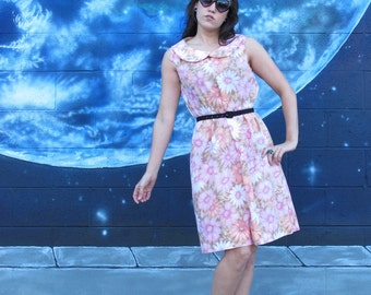 1950s Floral Party or Day DRESS Cotton PinUp One of a Kind Peter Pan Collar Lolita Vintage // S / M / L