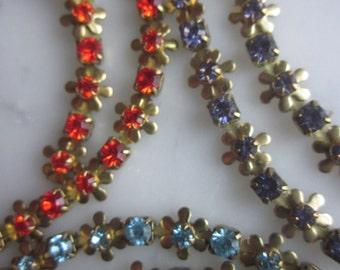 Vintage  Daisy Chain With  Rhinestones