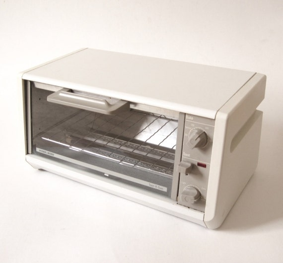 Black Amp Decker Spacemaker Toaster Oven Tro200 By