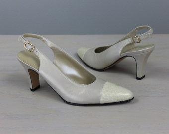 Size 6.5 SALVATORE FERRAGAMO Vintage Women's Shoes Pumps Slingbacks Toe Cap Heels Italian Leather Metallic Neutral Ivory Snake Skin Wedding