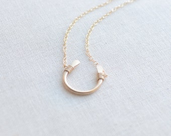 Lucky Gold Horseshoe Necklace - lucky gold necklace 1113
