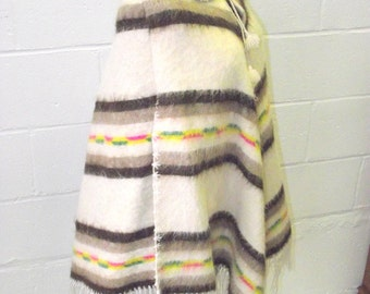 Vintage Alpaca Wool Poncho Cape - Andean Design - Fringed