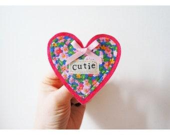 Valentines badge/ happy valentines/ valentines card